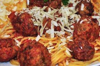 Receta de espaguetis con albóndigas de ternera