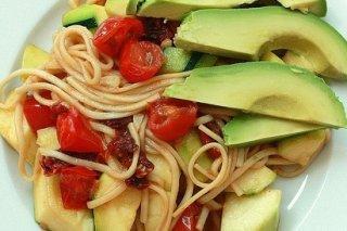 Receta de espaguetis con tomate cherry