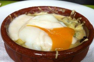 Receta de espárragos guisados con huevo