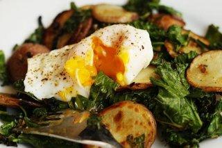 Receta de espinacas con patatas y huevo