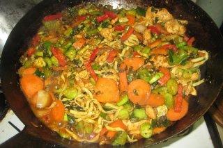 Receta de estofado de pollo con alcachofas