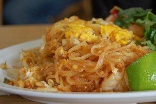 Receta de fideos chinos fritos con huevo