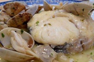 Receta de filetes de merluza con berberechos