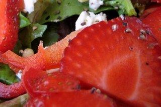 Receta de fresas a la pimienta verde