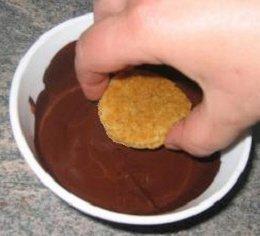 Receta de galletas con naranja bañadas en chocolate