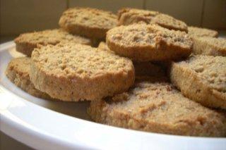 Receta de galletas integrales de almendras y avellanas