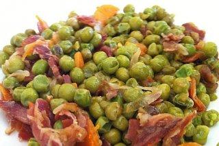 Receta de guisantes con jamón y tomate