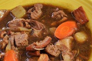 Receta de guiso de carne con verduras