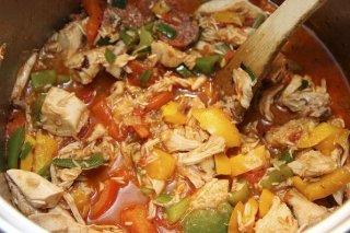 Receta de guiso de pollo con chorizo