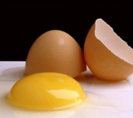 Receta de gulas con patatas y huevos fritos