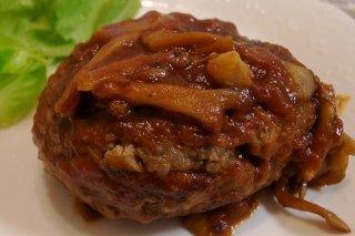 Receta de hamburguesa de ternera en tomate frito