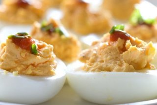 Receta de huevos rellenos de champiñones