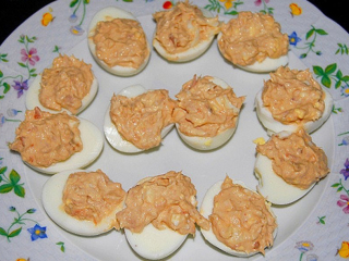 Receta de huevos rellenos de paté de mejillones