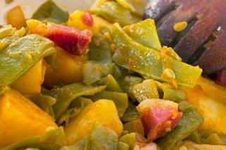 Receta de judías verdes con jamón al ajoarriero