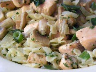 Receta de lacitos de pasta con salmón