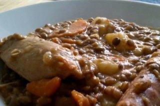 Receta de lentejas con chorizo, zanahorias y patatas
