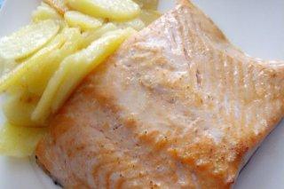Receta de lomos de salmón con patatas