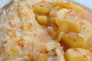 Receta de lubina asada con patatas