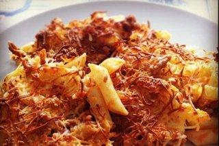 Receta de macarrones con tomate, chorizo y bacon