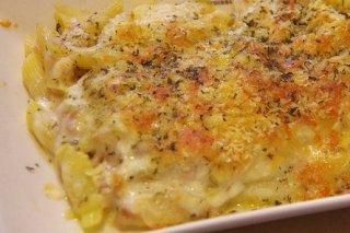 Receta de macarrones gratinados con queso cheddar