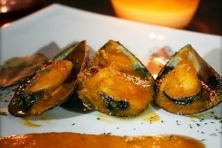 Receta de mejillones en salsa picante al vino blanco
