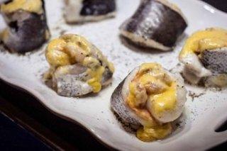 Receta de merluza rellena de salmón y gambas