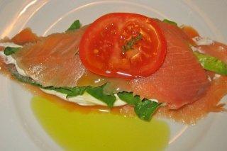 Receta de milhojas de salmón y espinacas