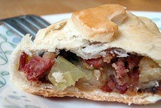 Receta de mini empanadas de bacon y repollo