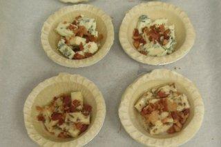 Receta de mini tartaletas de queso azul y bacon