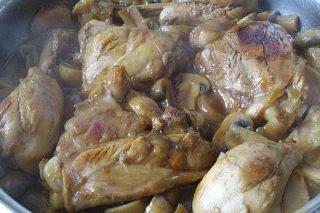 Muslitos de pollo rellenos de reques n y manzana receta - Muslitos de pollo ...