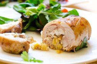 Receta de muslitos de pollo rellenos de requesón y manzana
