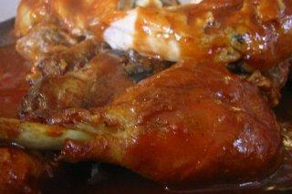Receta de muslos de pollo con tomate