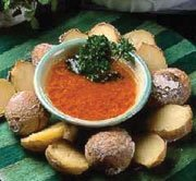 Receta de papas arrugadas con salsa picante