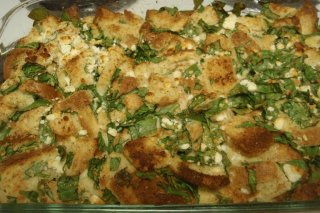 Receta de pastel de pan, espinacas y queso feta