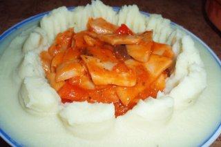 Receta de pastel de patatas con setas de cardo