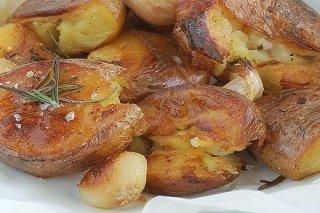 Receta de patatas asadas con ajo