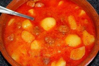 Receta de patatas clásicas a la riojana