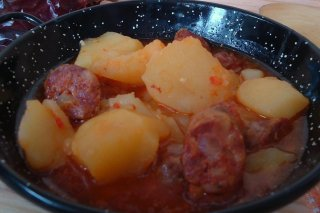 Receta de patatas guisadas con chorizo