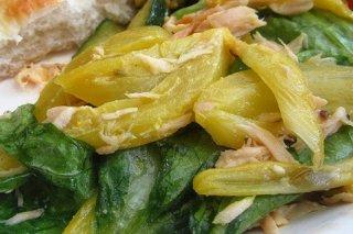 Receta de pimiento verde con atún y espinacas