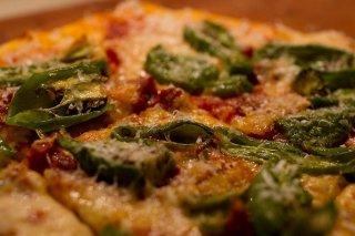 Receta de pizza de chorizo y pimiento de padrón