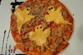 Receta de pizza fantasma para halloween