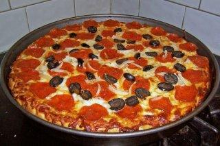 Receta de pizza de chorizo y aceitunas negras