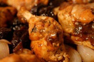 Receta de pollo con ciruelas