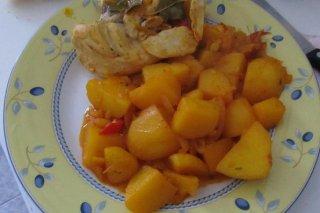 Receta de pollo con patatas en guiso