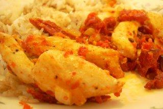 Receta de pollo con tomates secos
