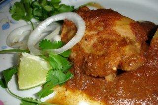 Receta de pollo en salsa roja