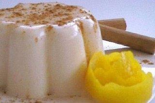 Receta de vasitos de nata y gelatina