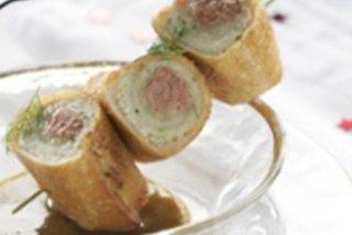 Receta de rollitos de pan frito con pollo y mousse de foie de pato aoste