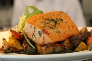 Receta de salmón al horno con patatas