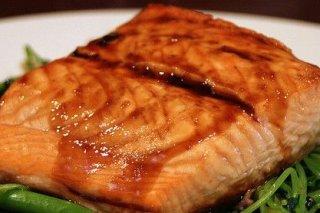 Receta de salmón con miel y soja